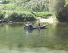 Mit einem sehr jungen Gondoliero überquerten wir den Fluss